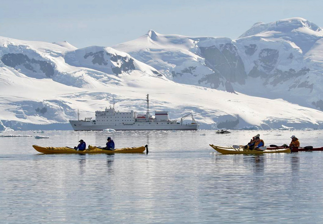 Antarctica tourism environmental impacts for Best trips to antarctica